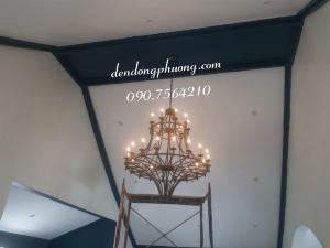 Đèn chùm nhiều ngọn cho trần ốp mái