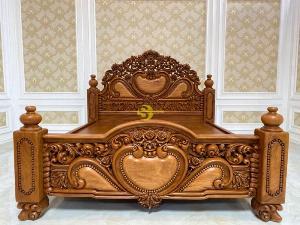 Giường Ngủ Hoàng Gia Víp