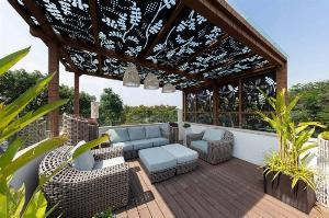 Thiết kế hoa văn mái đón, mái hiên sắt CNC đẹp cho sân vườn, sân thượng