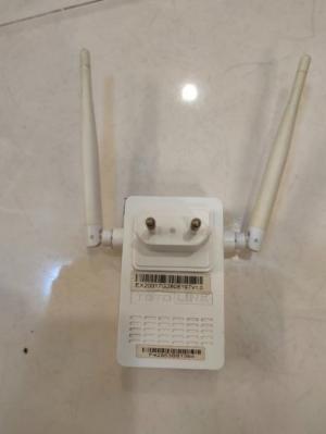 2021-08-11 19:54:56  1  Bộ phát wifi TP-Link & Linksys 2 băng tần . 300,000