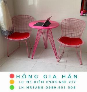 Bàn ghế sắt sơn tĩnh điện hiện đại Hồng Gia Hân B48