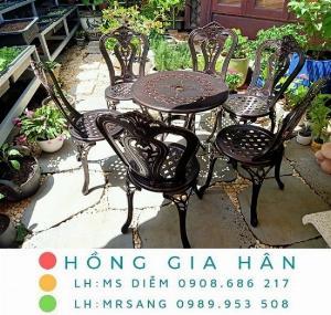 Bàn ghế nhôm đúc sân vườn Hồng Gia Hân A123