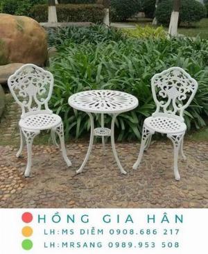 Bàn ghế nhôm đúc sân vườn Hồng Gia Hân A133