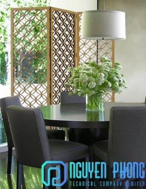 Tiết kiệm không gian phòng khách với vách ngăn hoa văn sắt CNC