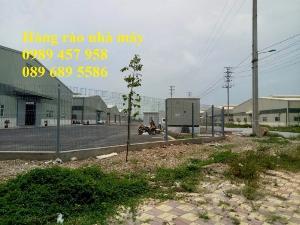 Sản xuất Hàng rào nhà máy phi 5 50x200, Hàng rào sơn tĩnh điện D5 50x150
