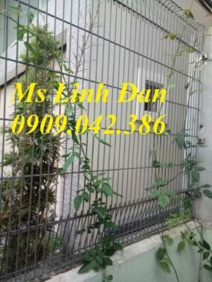 2021-09-26 09:36:11  6  Hàng rào lưới thép, hàng rào mạ kẽm, hàng rào bảo vệ khu công nghiệp 35,000