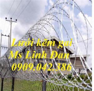 2021-09-26 10:10:14  8  Hàng rào dây thép gai hình dao, cách dăng dây thép gai hình dao mạ kẽm, 280,000