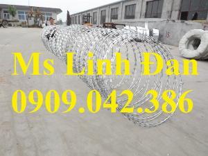 2021-09-26 10:10:14  2  Hàng rào dây thép gai hình dao, cách dăng dây thép gai hình dao mạ kẽm, 280,000