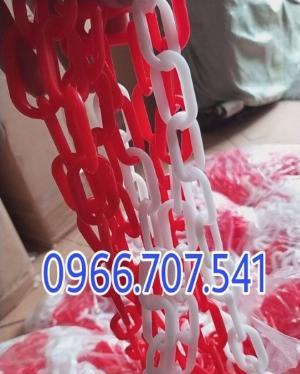 Dây xích nhựa trắng đỏ