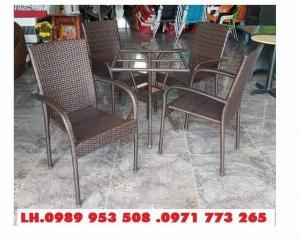 Bàn ghế cafe mây nhựa Hồng Gia Hân SM44
