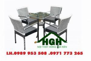 Bàn ghế mây nhựa nhà hàng khách sạn Hồng Gia Hân SM48