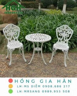 Bộ bàn ghế nhôm đúc sang trọng Hồng Gia Hân MS907