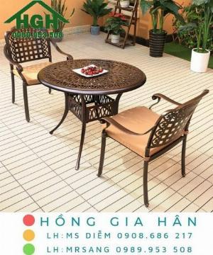 Bộ bàn ghế nhôm đúc sang trọng Hồng Gia Hân MS911