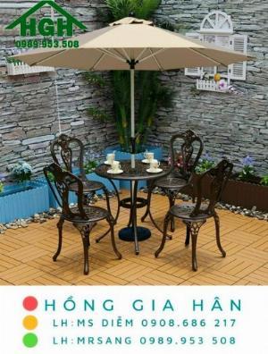 Bộ bàn ghế sân vườn nhôm đúc nhập khẩu Hồng Gia Hân MS917