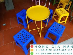 Bàn ghé cafe bệt Hồng Gia Hân MS400