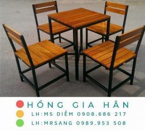 Bàn ghế gỗ Hồng Gia Hân_Bàn ghế quán ăn nhà hàng