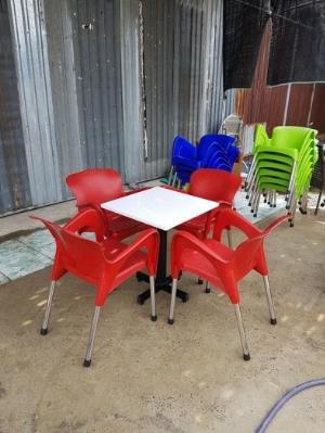 Ghế nhựa đúc cafe chân inox giá tại kho ghế nhựa màu đỏ