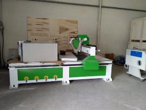 Máy cnc 1325-1 đầu phù hợp cho xưởng sản xuất nội thất ván công nghiệp