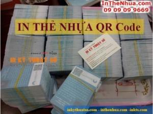 In thẻ nhựa mã vạch QR code