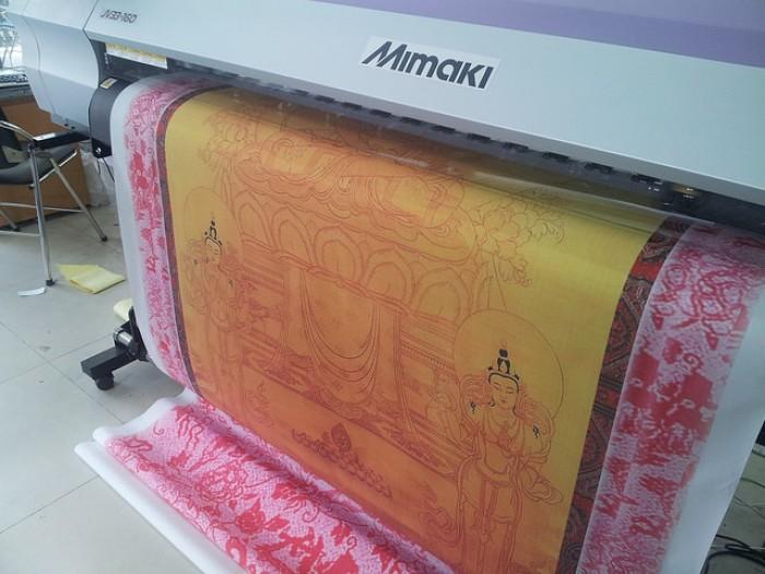 In vải silk làm tranh thờ