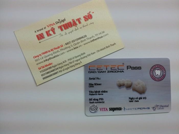 In thẻ nhựa theo yêu cầu cho phòng khám nha khoa