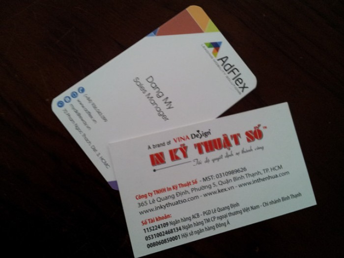 Card visit bằng tiếng Anh - mẫu 1