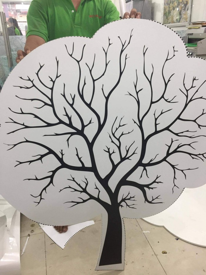 In formex làm mô hình cây trang trí cho nhà trẻ