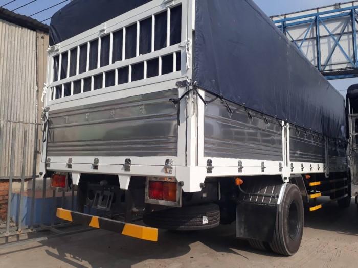 Trang bị nội ngoại thất, an toàn trên xe tải Hino 6.2 tấn