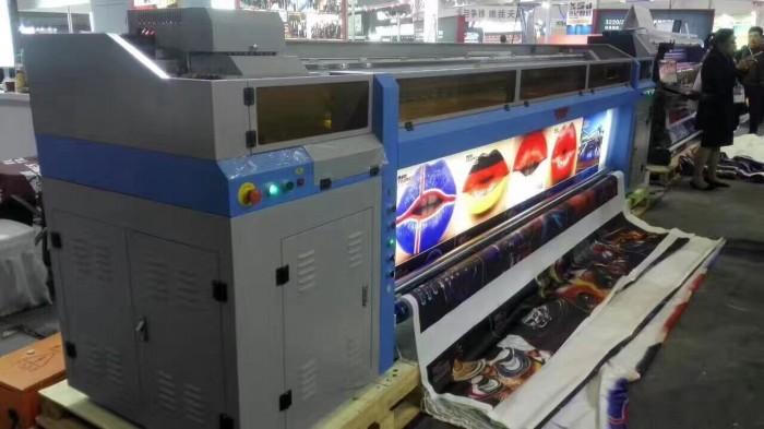 Máy in UV trên gạch men giá rẻ, in nhanh lấy liền