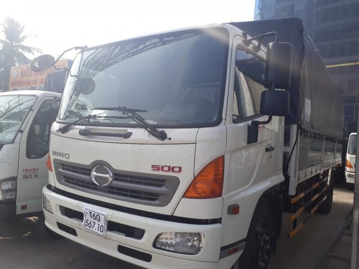 Ngoại thất xe tải Hino 6.2 tấn thùng mui bạt