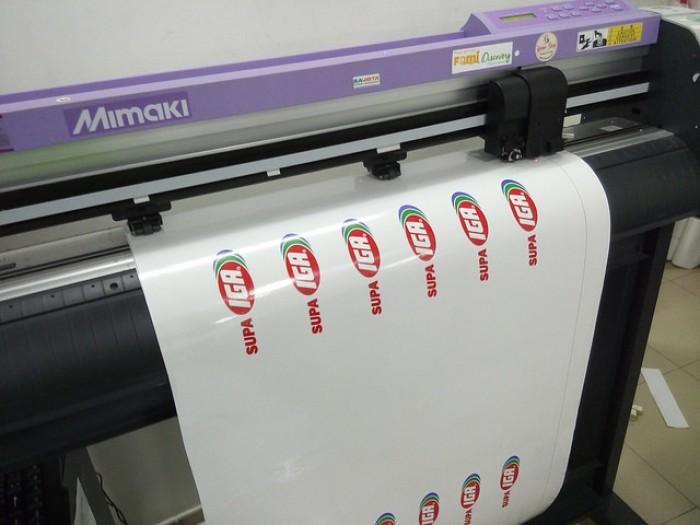In sticker quảng cáo số lượng nhiều