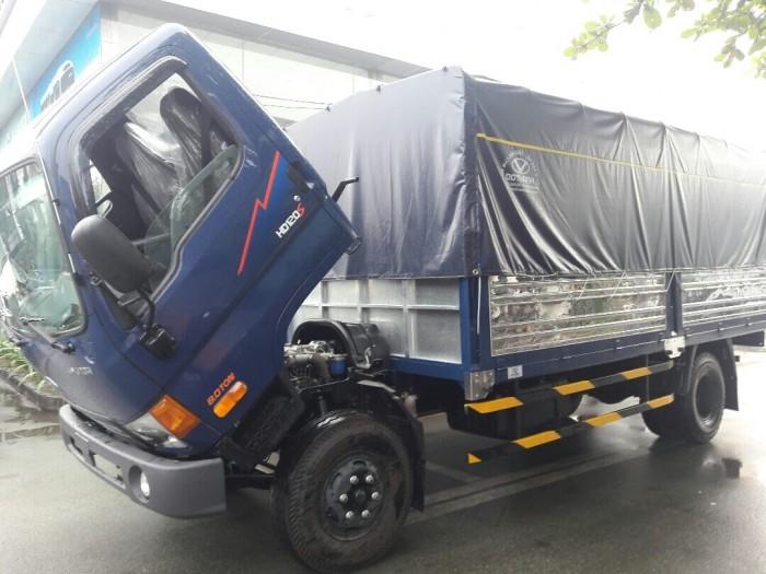 Xe tải Hyundai HD120SL kiểu dáng đẹp, nội thất sang trọng