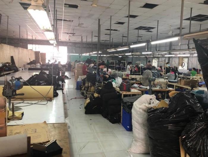 Cơ sở sản xuất gia công, đặt may ví da uy tín