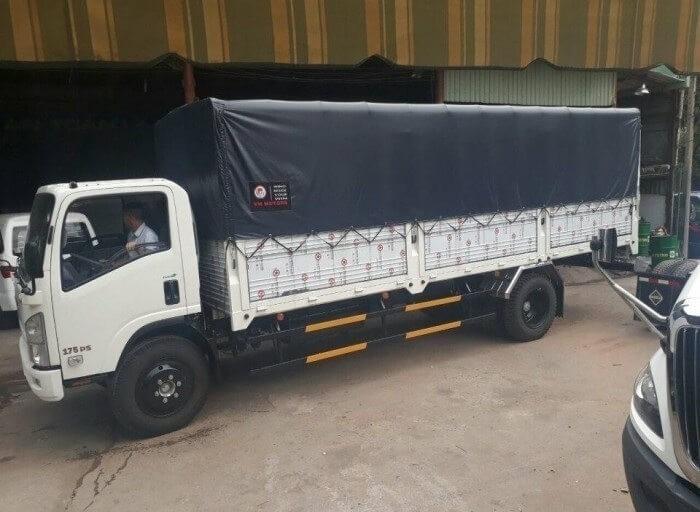 Mua xe tải Isuzu VM 8t2 trả góp và những thông tin cần nắm