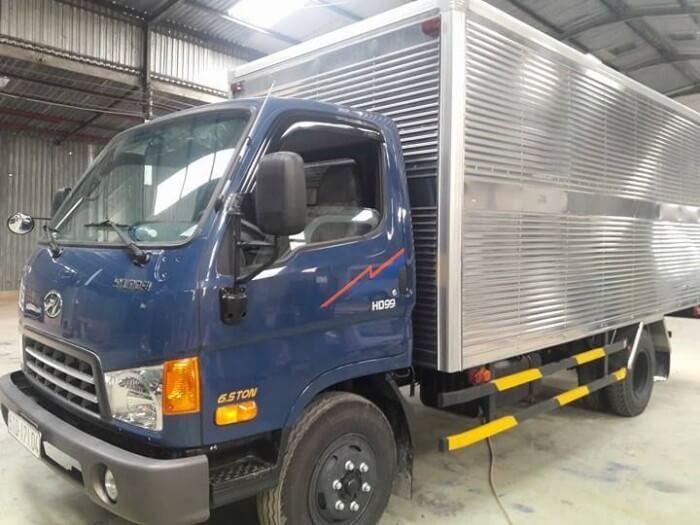 Giá xe tải HD99 thùng kín