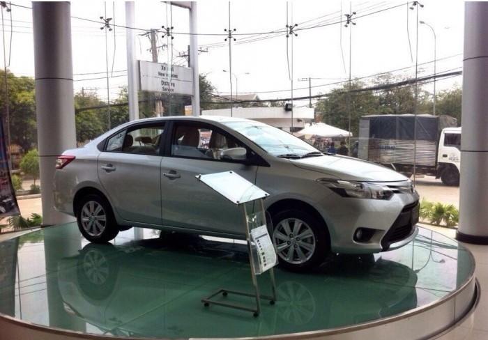 Giá Xe Toyota Vios 2018 - Tư Vấn Chọn Mua, Người Dùng Đánh Giá, Ưu Nhược Điểm Và So Sánh Với Các Dòng Xe Cùng Phân Khúc