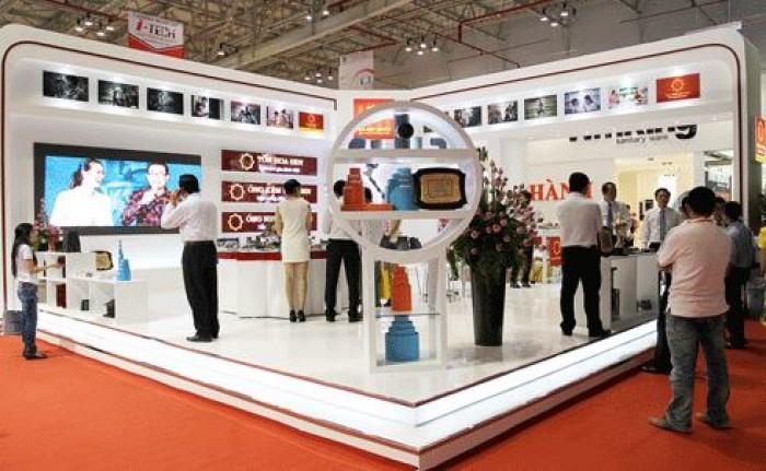 Cho thuê màn hình Led tại HCM - màn hình Led Indoor lắp đặt tại gian hàng hội chợ trong nhà