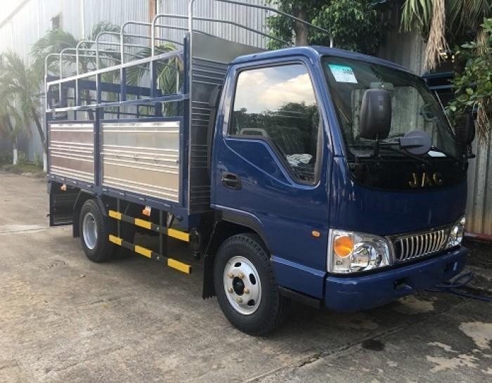 Mua xe tải Jac 2.4 tấn trả góp tại Bình Dương cần lưu ý những gì?