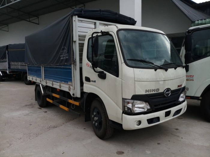 Bảng giá xe tải Hino 1.9 tấn tại TPHCM
