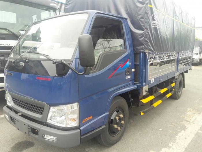 Giá xe tải iz49 Plus thùng mui bạt
