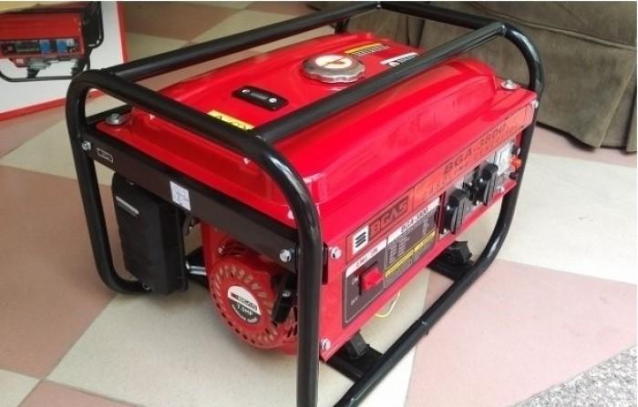 So sánh máy phát điện chạy xăng và máy phát điện chạy dầu