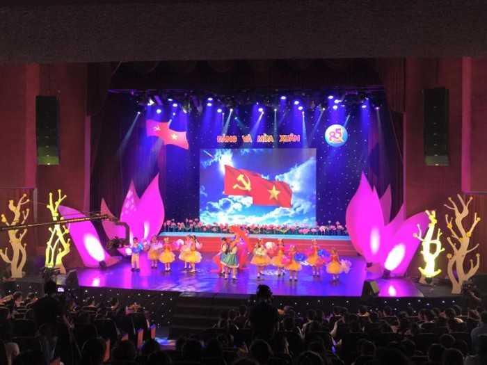Màn hình Led sân khấu chươg trình sự kiện