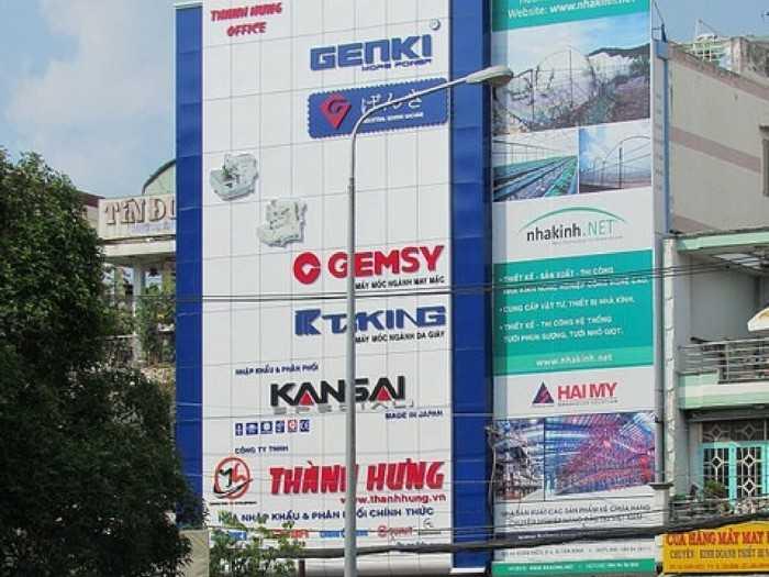 Thi công mặt dựng alu cỡ lớn làm bảng hiệu quảng cáo