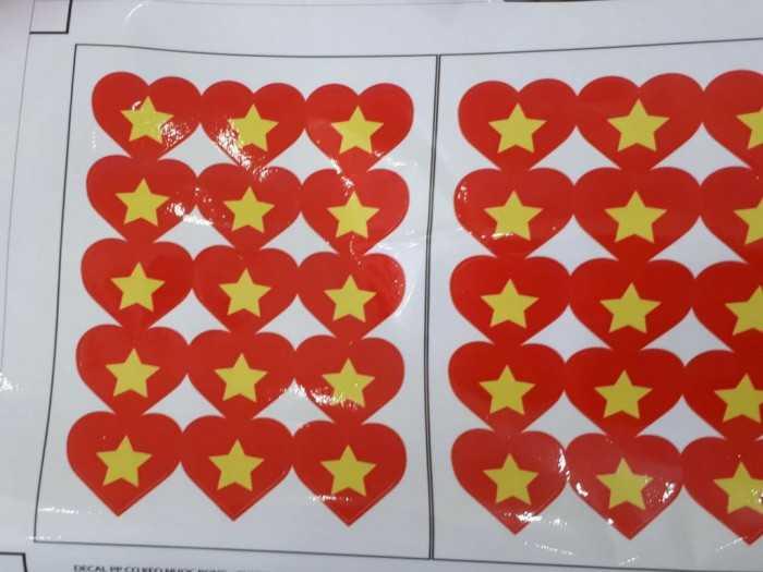 In sticker dán má, miếng dán má cờ Việt Nam