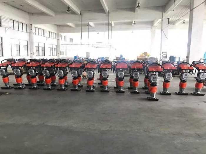Giá máy đầm cóc tại Hà Nội