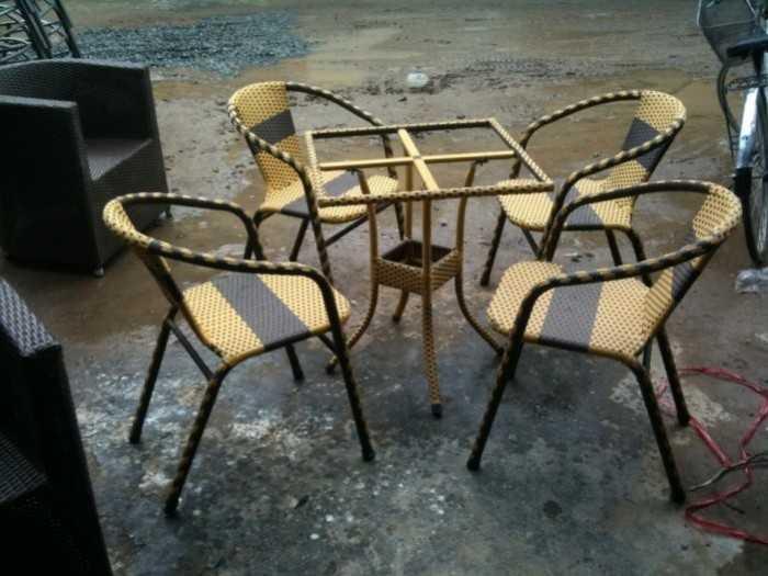 Đánh giá bàn ghế mây nhựa cafe