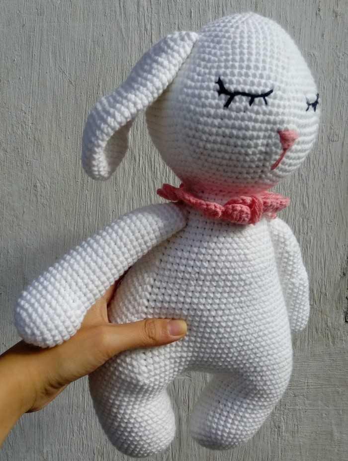 Quà tặng 20/10 ý nghĩa: Thỏ trắng handmade