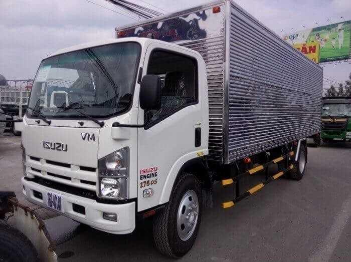 Đánh giá chi tiết xe tải isuzu 8.2 tấn