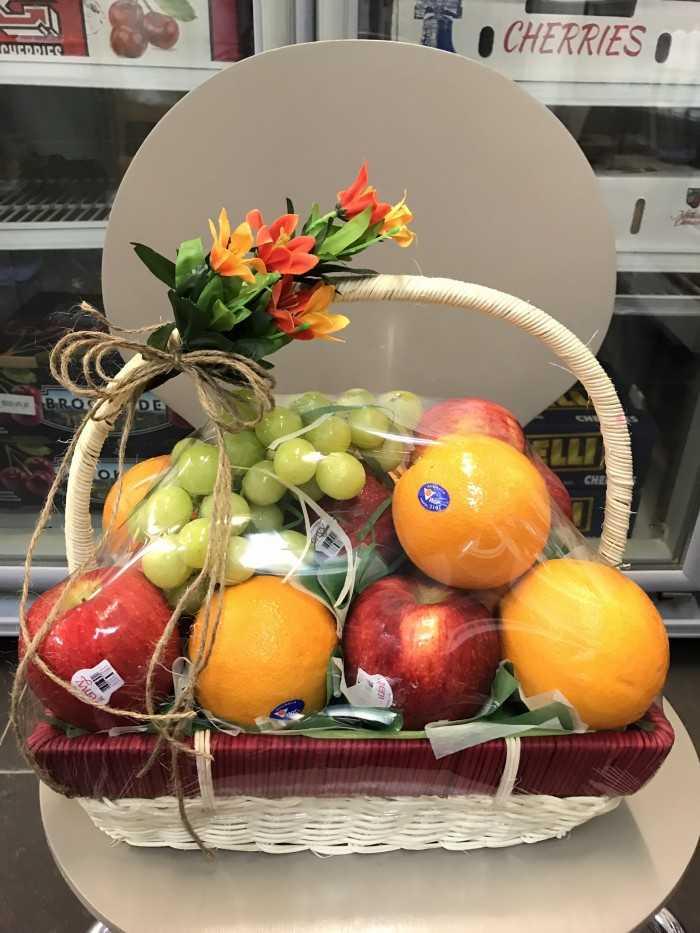 Giỏ trái cây nhập khẩu - quà tặng vợ đặc biệt dinh dưỡng