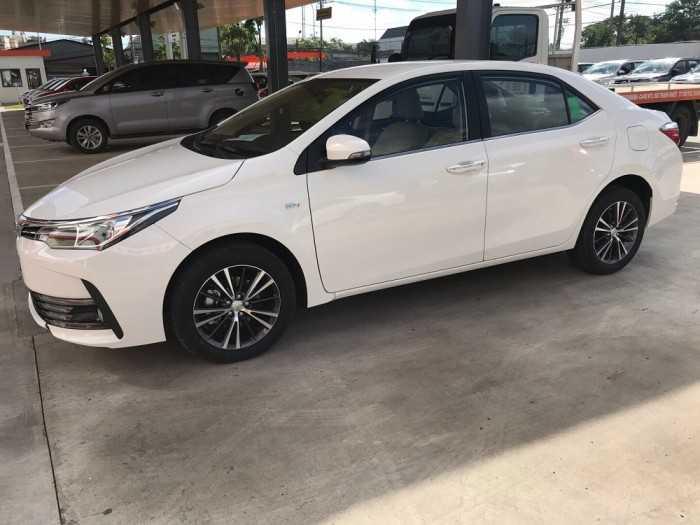 Giá lăn bánh xe Toyota Altis 2019 tại TPHCM
